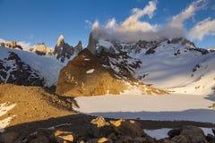 登上费兹罗伊风景看法  巴塔哥尼亚 免版税库存照片