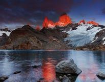 登上费兹罗伊,巴塔哥尼亚,阿根廷 免版税库存图片