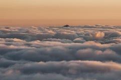 登上Amuyao峰顶 库存图片