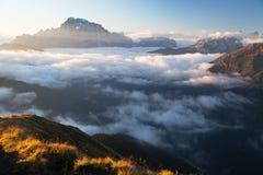 登上Civetta早晨视图从彻尔di拉娜的 免版税图库摄影