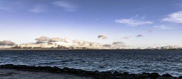 登上Esja,雷克雅未克,冰岛 免版税库存照片