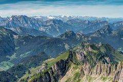 从登上Saentis,瑞士的山景 免版税图库摄影