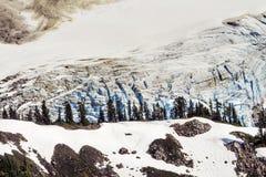 登上Shuksan常青树艺术家点Washingto的冰川关闭 免版税库存图片