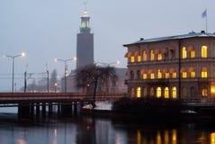 下午斯德哥尔摩。 Radhuset 免版税库存照片