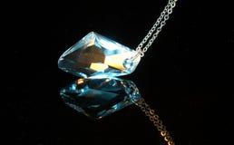 下垂的水晶 库存图片