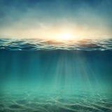 水下抽象的背景 免版税库存图片