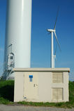 下来电tranformer windturbine 库存图片