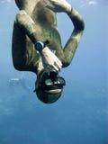 下来调平的freediver移动压 免版税库存图片