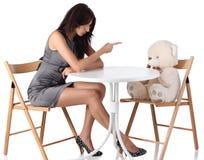 下来运行女用连杉衬裤妇女的熊新 图库摄影