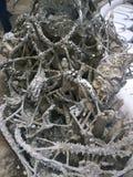 下沉入地狱雕塑的手 Wat荣Khun,白色寺庙在清莱府,泰国 库存照片