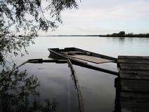 下沉的小船 库存照片