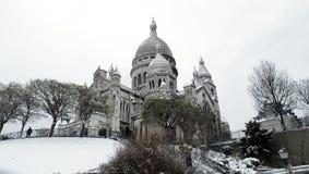 下法国巴黎雪 库存照片