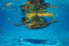 水下的射击 免版税库存图片