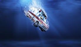 水下的救护车 免版税图库摄影