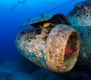 水下的航空器击毁的喷气机引擎 免版税库存照片