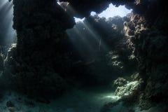 水下的洞穴 库存图片