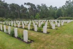 下落的加拿大战士坟墓  免版税图库摄影