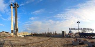 下落的造船厂工作者的纪念品1970年在格但斯克。 免版税库存图片
