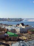 下诺夫哥罗德和伏尔加河早期的春天 库存照片