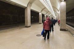 下诺夫哥罗德,俄罗斯- 02 11 2015年 人们来 免版税库存图片