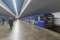 下诺夫哥罗德,俄罗斯- 02 11 2015年 火车在 库存照片