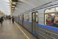 下诺夫哥罗德,俄罗斯- 02 11 2015年 火车在 免版税图库摄影