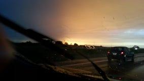 下雨在路线 免版税图库摄影