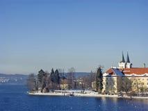 下雪的修道院泰根塞在冬天 库存图片