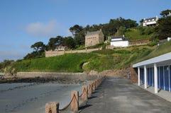 不列塔尼, Trestrigniel海滩在Perros Guirec 免版税库存照片