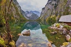 不可思议的反射在德国湖 库存图片