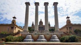 不可思议的喷泉和帕劳Nacional Montjuic在巴塞罗那,西班牙 免版税库存图片