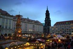 不可思议的圣诞节集市场所视图 免版税库存照片