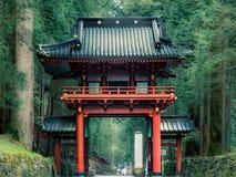 不可思议的寺庙门在日光,日本 免版税库存图片