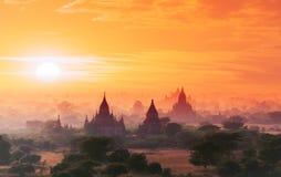 不可思议的日落的缅甸Bagan历史站点 缅甸亚洲 免版税库存图片
