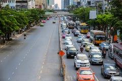 不同交通在高峰时间内在曼谷,泰国 图库摄影