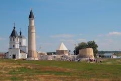 不同的世纪的宗教纪念碑 Bulgar,俄罗斯 免版税图库摄影