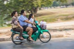 3不同的世代的妇女在摩托车乘坐 免版税库存图片
