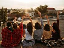 不同的人启发生活方式友谊 免版税库存照片