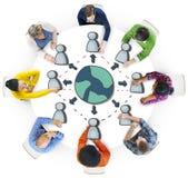 不同的人在关于全球化的一次会议 免版税图库摄影