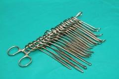 不同的医疗和手术仪器 库存图片