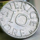 不同的国家,瑞典老硬币  免版税库存照片