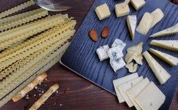 不同的干酪 免版税库存照片