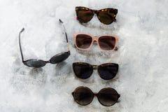 不同的时尚太阳镜 库存照片