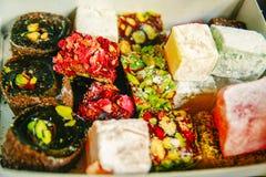 不同的明亮的颜色土耳其快乐糖  库存照片