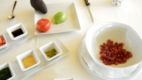 不同的烹调成份喜欢菜和鱼 影视素材