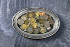 不同的硬币堆  库存图片