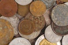 不同的硬币背景。关闭。 库存照片