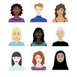 不同的种族和年龄女性角色  向量例证