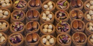 不同的种类果仁蜜酥饼 免版税库存照片