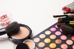 不同的色的面孔化妆用品 库存图片